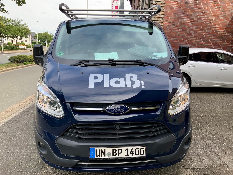 Fahrzeugbeschriftung eines Ford Transit Custom